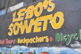 Como é andar pelo Soweto de bicicleta- vídeo